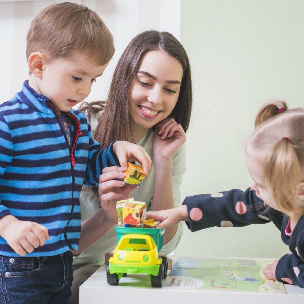 Otroci-in-vozila